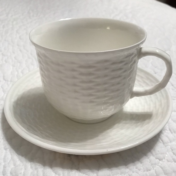 Wedgwood Other - 15 New Nantucket Basket Teacups and Saucers